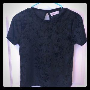 Hollister short sleeved S velvety black tee